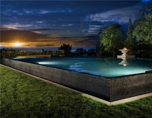raised-pool-pool-at-night-studio-h-landscape-architecture_562